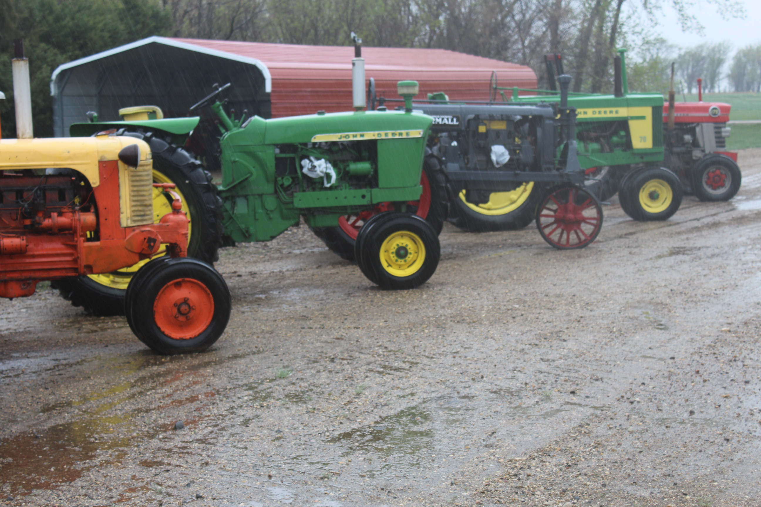 June 11, 2018 – 6pm Jack Hughes Online Only Collector Tractor Auction