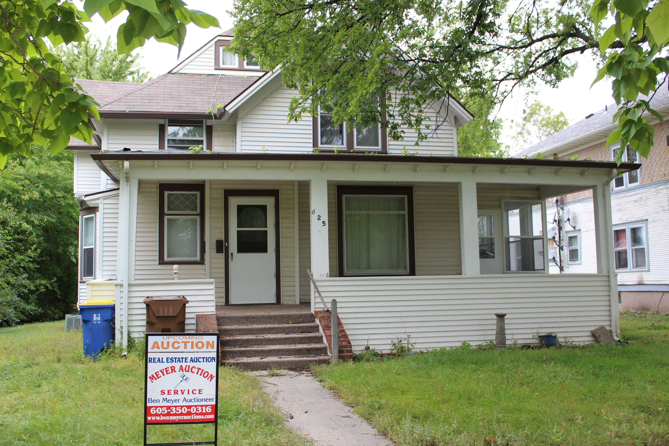 10/23 House Auction – 625 California Ave SW, Huron 5pm CST