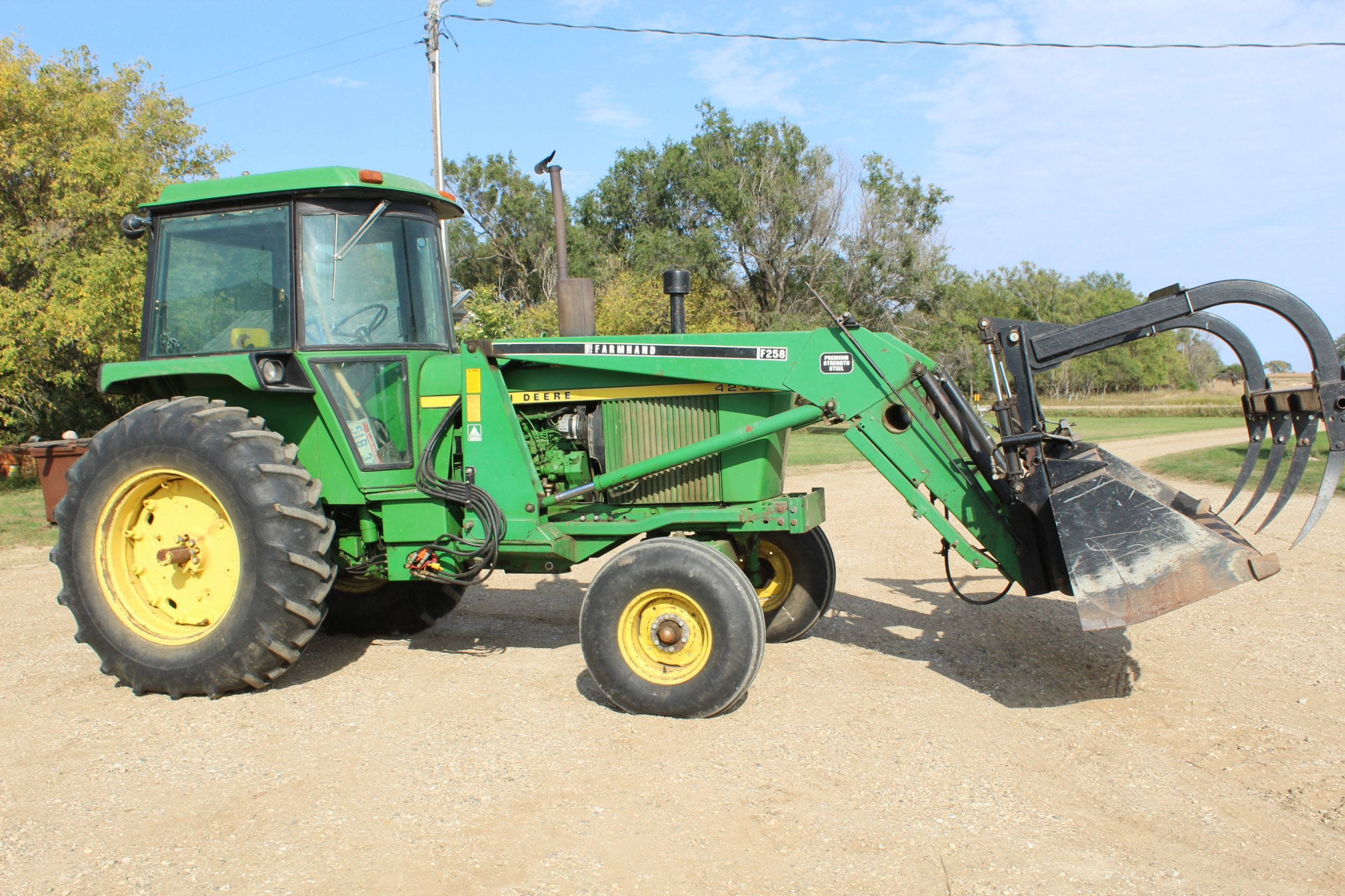10/27 Tom Hauge Online Only Auction