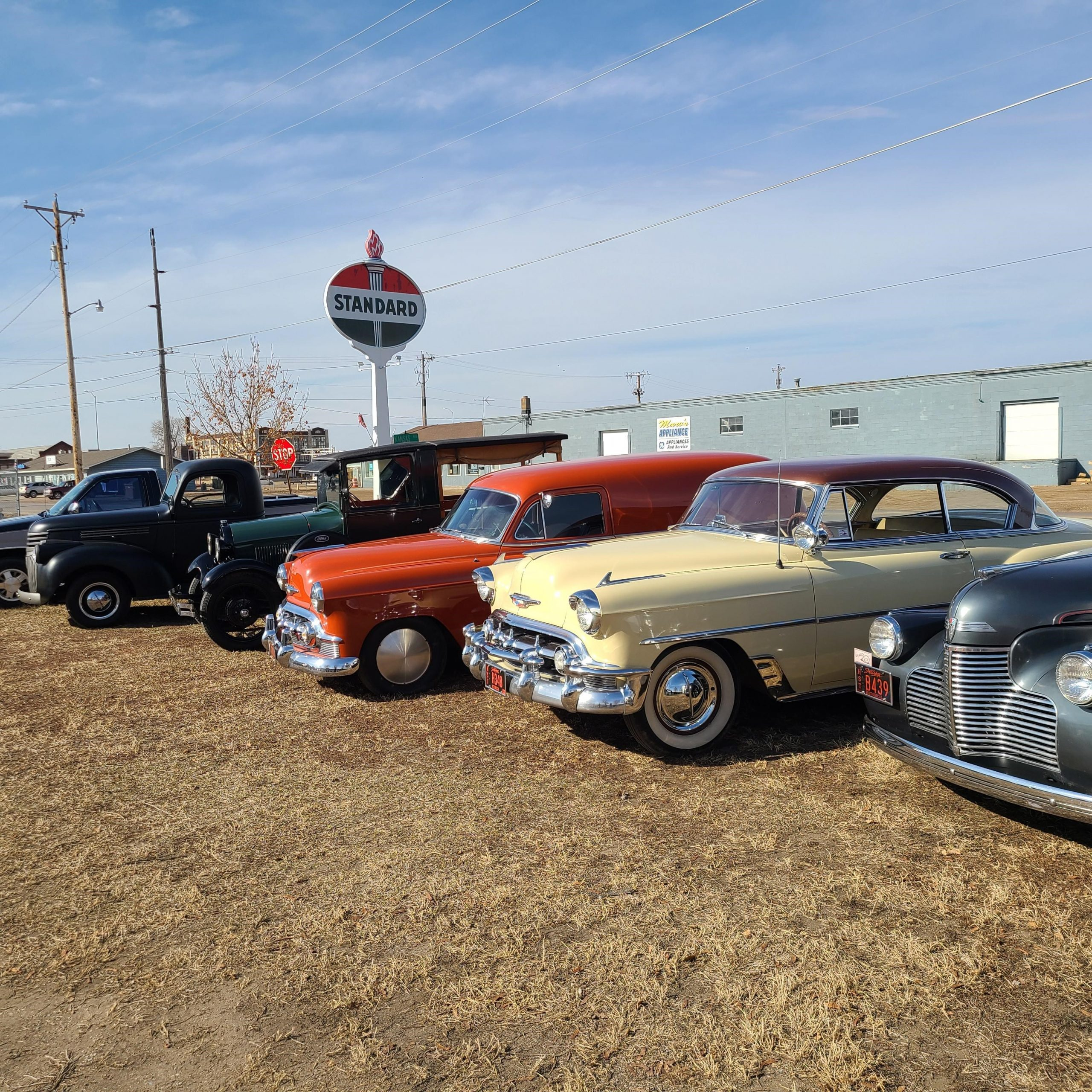4/26 Bowar Classic Car Collection Online Only Auction. Huron, SD