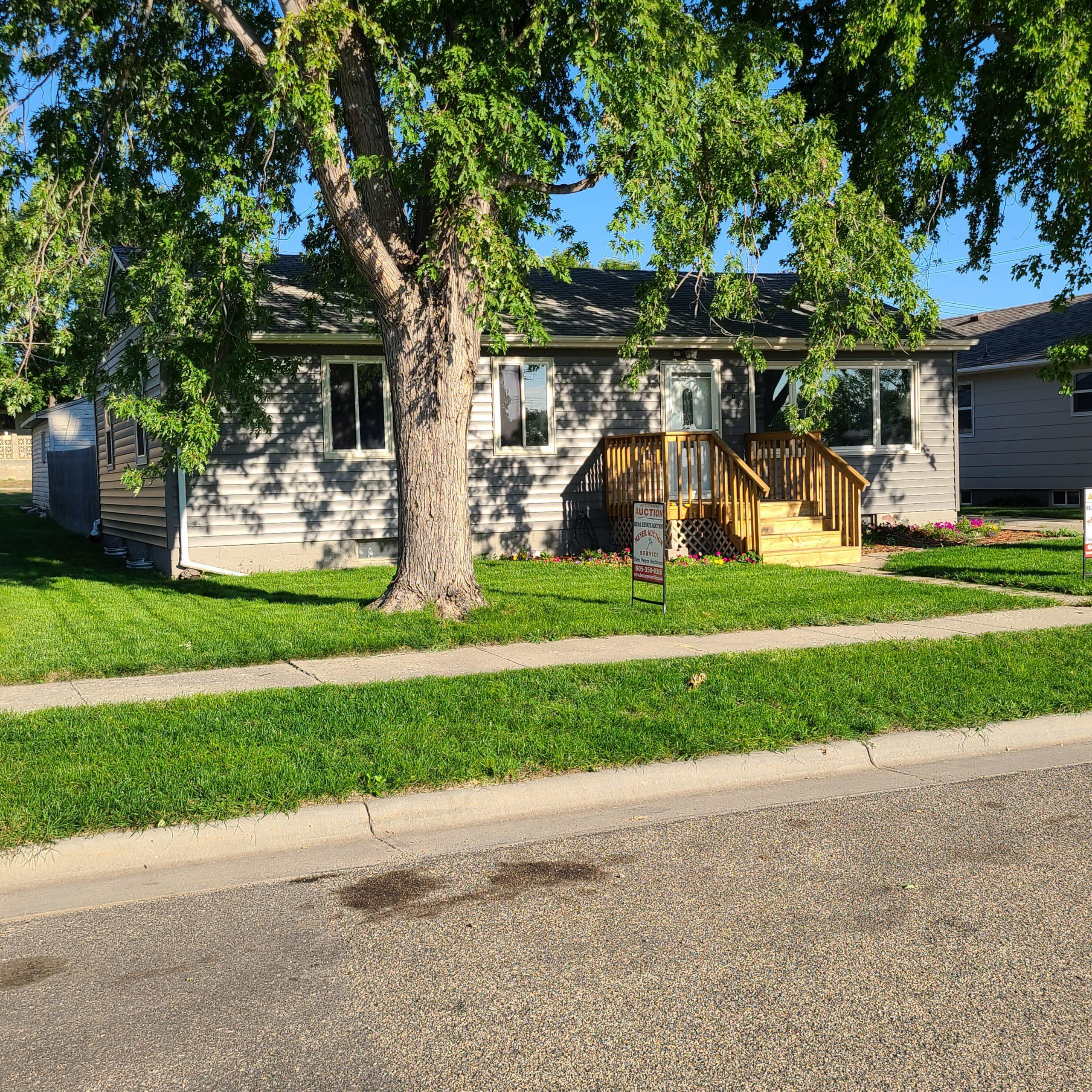 10/22 Mobridge SD House Auction